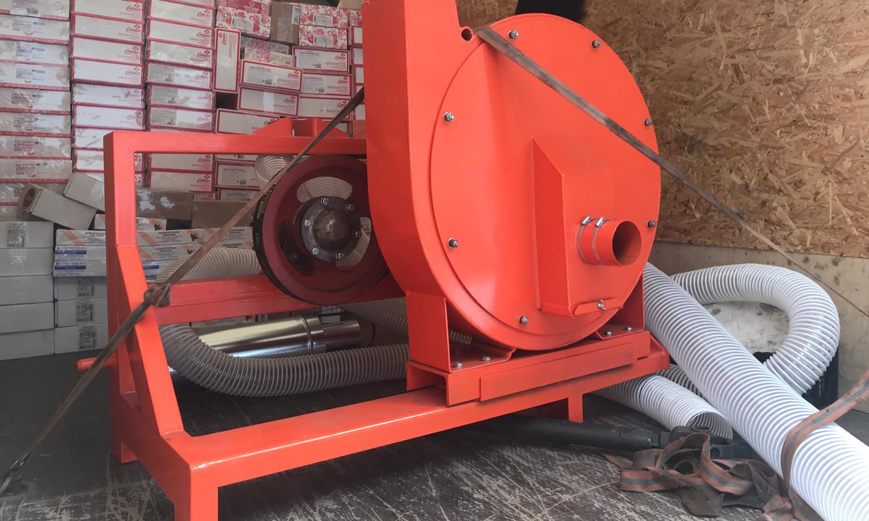 Отгрузка пневматической зернодробилки от ВОМ на 2-3 тонны в час